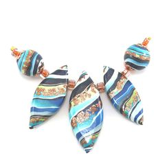 Millefiori beads, 5 Ombre beads for Jewelry making, leaf shaped beads, Polymer Clay round beads with stripes in blues, green and bronze