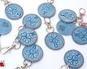 Porte-clés / bijoux de sac / grigri trèfle à 4 feuilles personnalisé