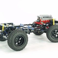 What is used for the valve covers? Lego Technic Truck, Lego Truck, Lego Gears, Technique Lego, Lego Pictures, Lego Builder, Lego Vehicles, Lego 4, Lego Construction