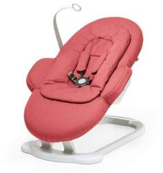 Stokke Steps Baby Bouncer in Greige. The perfect gift for newborn babies through 6 months. Compatible with the Stokke Steps high chair. Multiple seating positions to adjust to your baby's weight. The bouncer folds flat for easy storage and travel. Baby Bouncer Seat, Best Baby Bouncer, Baby Car Seats, Baby Boy Bouncers, Baby Activity Chair, Stokke Steps, Baby Helmet, Greige, Thing 1