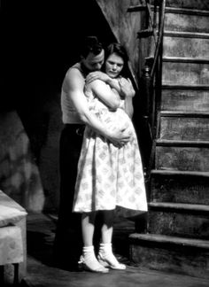 """Gary Sinise and Kathryn Erbe in Steppenwolf's production of """"A Streetcar Named Desire"""""""