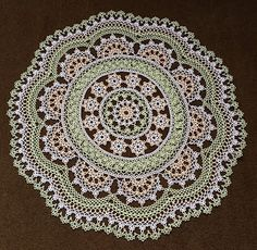 Jane Eborall's working of Jan Stawasz's Mega/Monster Doily