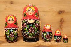 Babushka nesting dolls Matryoshka dolls with red by sersonart, $39.00