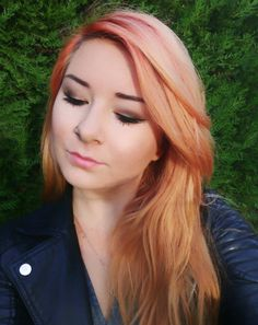 Have you heard of the newest hair trend, blorange hair color? You'd be surprised to see how many people are rocking this one unwanted shade. Bad Hair Day, Blorange Hair, New Hair Trends, Hair Pictures, Hair Type, Hair Looks, Dyed Hair, Hair Inspiration, Your Hair
