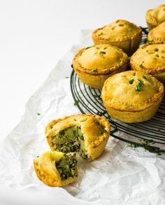 Kale Pesto & Cauliflower Picnic Pies, aka, the cutest lunch ever!