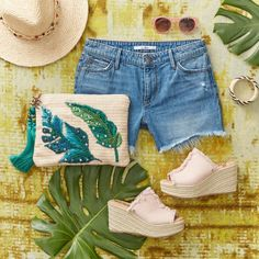 Vacation Style, Palm Print, Denim Shorts, Pouch, Wedges, Instagram, Fashion, Moda, La Mode