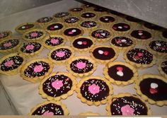 Muffin, Sweets, Breakfast, Recipes, Food, Morning Coffee, Gummi Candy, Candy, Essen