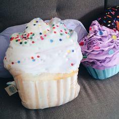 cupcake pillow https://www.facebook.com/brand.lacreme