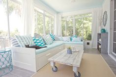 Nice beachy use of blues and cool coffee table