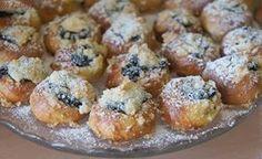 Krok za krokem: Jak na masopustní koláčky? Goodies, Food And Drink, Favorite Recipes, Breakfast, Sweet, Kitchens, Bakken, Sweet Like Candy, Morning Coffee