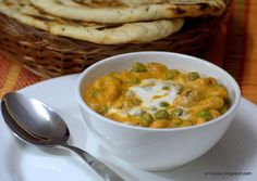 SinFoodie : For the love of Cooking: Makhana Matar /Lotus Seeds and Peas Curry