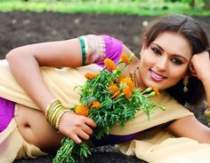 How s my navel show