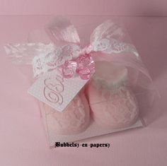 babyschoenen bloem met sokje