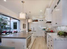 http://www.homebunch.com/california-beach-house/