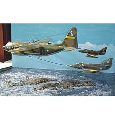 and SkyHawk By Carlos Adrian Garcia Fro Uss Nimitz, Military Modelling, Military Diorama, Rc Model, Model Airplanes, Model Ships, Model Building, Model Trains, Plastic Models