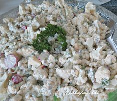 Ruokapankki: Kukkakaalisalaatti Cauliflower Recipes, Feta, Food And Drink, Cheese, Califlower Recipes