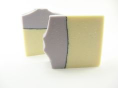 I love how the pencil line of activated charcoal looks in this handmade soap. The essential oils of lavender, clary sage, geranium and black pepper will wake up your senses every time you use it.  You will receive one bar of soap made with all natural ingredients. The combination of essential oils make it perfect for both men and women.  After each use, please remember to place the bar in a soap dish that drains well. If the soap remains in any bit of water, it will slowly disintegrate. Air…