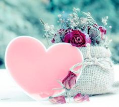 Hearts Smile Wallpaper, Pink Wallpaper, Iphone Wallpaper, Cute Images For Dp, Love Heart Images, Flower Background Wallpaper, Flower Backgrounds, Small Wedding Bouquets, Letter Photography