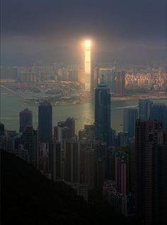 The Sun reflected in a skyscraper, Hong Kong