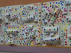 "K- project- Obliteration Room: create ""white relief background"" w/cardboard tubes, etc. Yayoi Kusama, Kindergarten Art, Preschool Art, Middle School Art, Art School, Classe D'art, 3d Art Projects, Ecole Art, Collaborative Art"