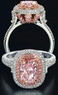 Diamond Ring #SkaneatelesJewelry #Skaneateles #WhereCNYgetsENGAGED