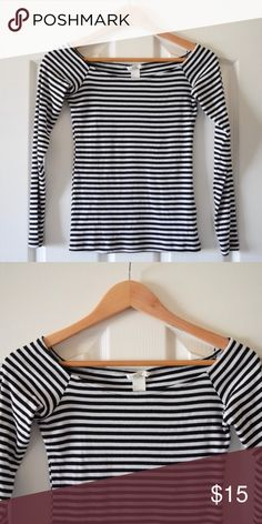 7d31ff220bf3f H M Off the Shoulder Long Sleeved Tee New without tags. Never worn. From H M