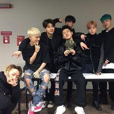 Our beautiful babies in Black  . . . . #ikon#jinhwan#junhoe#mobb#bobby#chanwoo#donghyuk#hanbin#donghyuk#hanbin#yunhyeong#jinhwan#winner#아이콘#beautiful#cute#love#jiwon#bias#love#2ne1#bigbang#bts#exo#blackpink#kimjinhwan#kimhanbin#jungchanwo#koojunhoe#jiwon#yg#ygfamily#kpop#ygent#ygentertainment