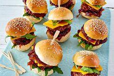 Unser beliebtes Rezept für Miniburger De Luxe und mehr als 55.000 weitere kostenlose Rezepte auf LECKER.de.