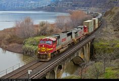 RailPictures.Net Photo: 8277 BNSF Railway EMD SD75I at Lyle, Washington by M. S. Repp