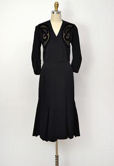 vintage evening dresses from the 1930's | vintage 1930s velvet detail black cocktail dress name evening brigade