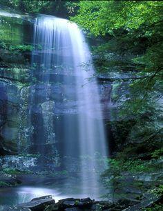 Rainbow Falls, Great Smoky Mountain National Park near Gatlinburg, TN
