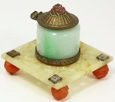 CHINESE JADE AND AGATE INKWELL