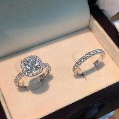 Classy cushion engagement rings #cushionengagementrings Big Wedding Rings, Wedding Rings Vintage, Diamond Wedding Rings, Wedding Ring Designs, Bridal Ring Sets, Bridal Rings, Halo Engagement Rings, 2 Carat Diamond Ring, Diamond Rings