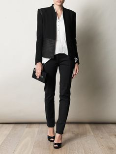 Nice and simple. Dress the part and win the job!