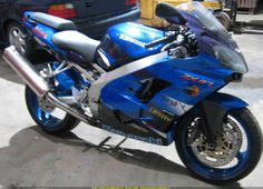 Kawasaki ZX-9R Kawasaki Heavy Industries, Kawasaki Motorcycles, Hot Bikes, Consumer Products, Hot Cars, Dream Cars, Sport, Motorbikes, Deporte