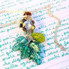"""Un onore per #PreciousGlass :) """"Ci sono gioielli che come sfere di cristallo ti fanno vedere tracce di bellezza e poesia. Questa la collana creata per me da VALENTINA TROTTA di #PRECIOUSGLASS """" by amandamarzolinisome #glass #jewels #jewels #sphere #art #unique piece #madeinitaly #puglia #design #vetro #italy #igersitalia #igersparma #canon #canonphoto #igspecialist #beautiful #green #nature"""