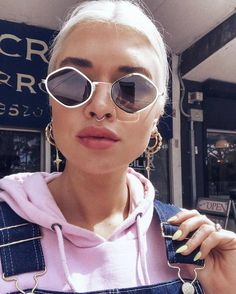 YASS GIRL @teganphillipa lookin' like a babe in our Quay Purple Honey Sunglasses in Gold/Green ☼ Shop her shades online now! #PollyGal #style #sunglasses