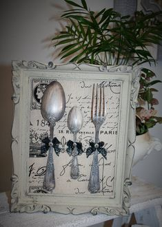 Shabby Chic Frames, Shabby Chic Decor, Recycled Dresser, French Country Crafts, Cutlery Art, Diy Vintage, Spoon Art, Creation Deco, Frame Crafts
