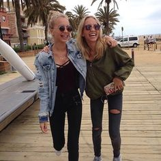 Lisa and Lena | Germany® (@lisaandlena) • Instagram photos and videos