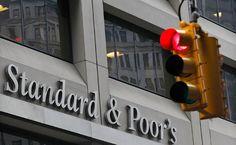 A forint az egyik legjobban szereplő feltörekvő piaci fizetőeszköz volt annak köszönhetően, hogy az S&P meglepetésre felminősítette Magyarországot. Az említett piaci körben a devizák közül csak a dél-afrikai rand tudott egyértelműen jobb teljesítményt nyújtani a forintnál, amely a héten másfél éves csúcsára jutott.