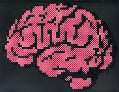 8-bit brain perler bead design by ~Delikat-gbg (DeviantArt)