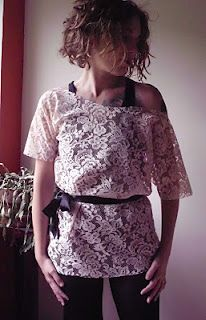 DIY lace top! One of the simplest tops I've ever seen. Can someone just make it for me...
