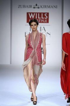 Scarlet Bindi - South Asian Fashion Blog: Wills Lifestyle Fashion Week Autumn/Winter 2014: Day 4