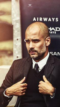 Bald Men With Beards, Bald With Beard, Grey Beards, Best Mens Fashion, Mens Fashion Suits, 50 Fashion, Pep Guardiola Style, Manchester City Wallpaper, Bald Men Style