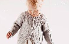Neulo lapselle kaunis palmikkojakku/Cardigan for a kid, Kotiliesi. Children, Kids, Men Sweater, Pullover, Knitting, Sweaters, Crafts, Fashion, Young Children