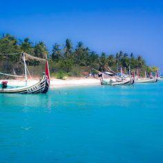 Gili Labak Island by Vincentius Rudi - Uncategorized All Uncategorized ( mobilography, mobile photos, seascape, landscapes,  )