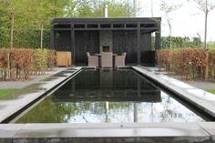 eiken overkapping, zwart geverfd, landelijke stijl  www.teovanhorssen.nl