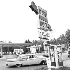 Oklahoma City's Kerr McGee gas station. Oklahoma Attractions, Usa Street, Old Gas Stations, Old Country Stores, Best B, Vintage Motorcycles, Oklahoma City, That Way, American History