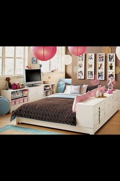 Wow Amazing Teenagers Bedroom.. Would so get this bed if my room was big enough