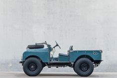 Have you ever wanted to know what a REAL Land Rover looks like in it's truest form ? Well this Ladies and Gentlemen is it! Landrover Defender, Landrover Serie, Defender 90, Land Rovers, Carros Suv, Offroad And Motocross, Offroader, Range Rover Classic, Cars Land